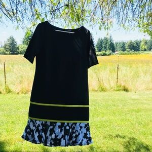 NWOT Nicole Miller Shift Dress